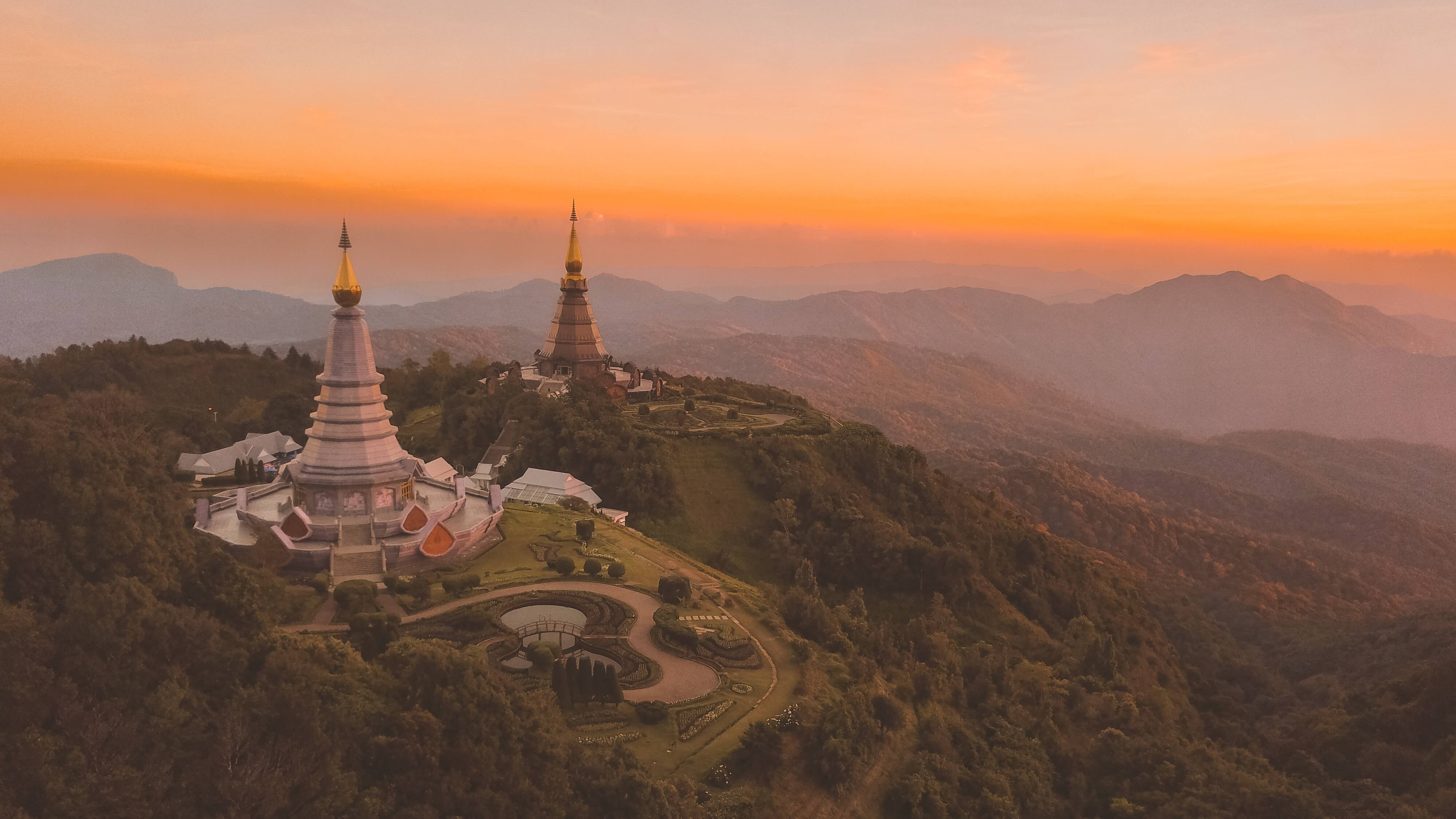 Best Day Trips from Chiang Mai According to Travel Bloggers